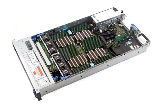 StorageReview DellEMC PowerEdge R840 Open 600x400 - Giới thiệu máy chủ Dell EMC PowerEdge R840